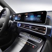 Электрический кроссовер от Mercedes-Benz поступит в продажу6