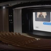 «Когда никто не пришёл на фан-встречу». Что интересного показали в пустом зале театра им. Стива Джобса5