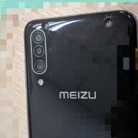 Фотографии игрового смартфона Meizu 16T1