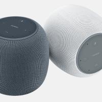 Huawei представила ИИ-колонку с дизайном Apple HomePod1