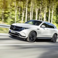 Электрический кроссовер от Mercedes-Benz поступит в продажу1