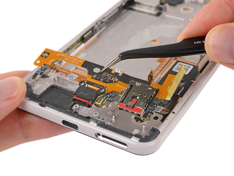 iFixit: Google Pixel 3 XL использует дисплей от Samsung4