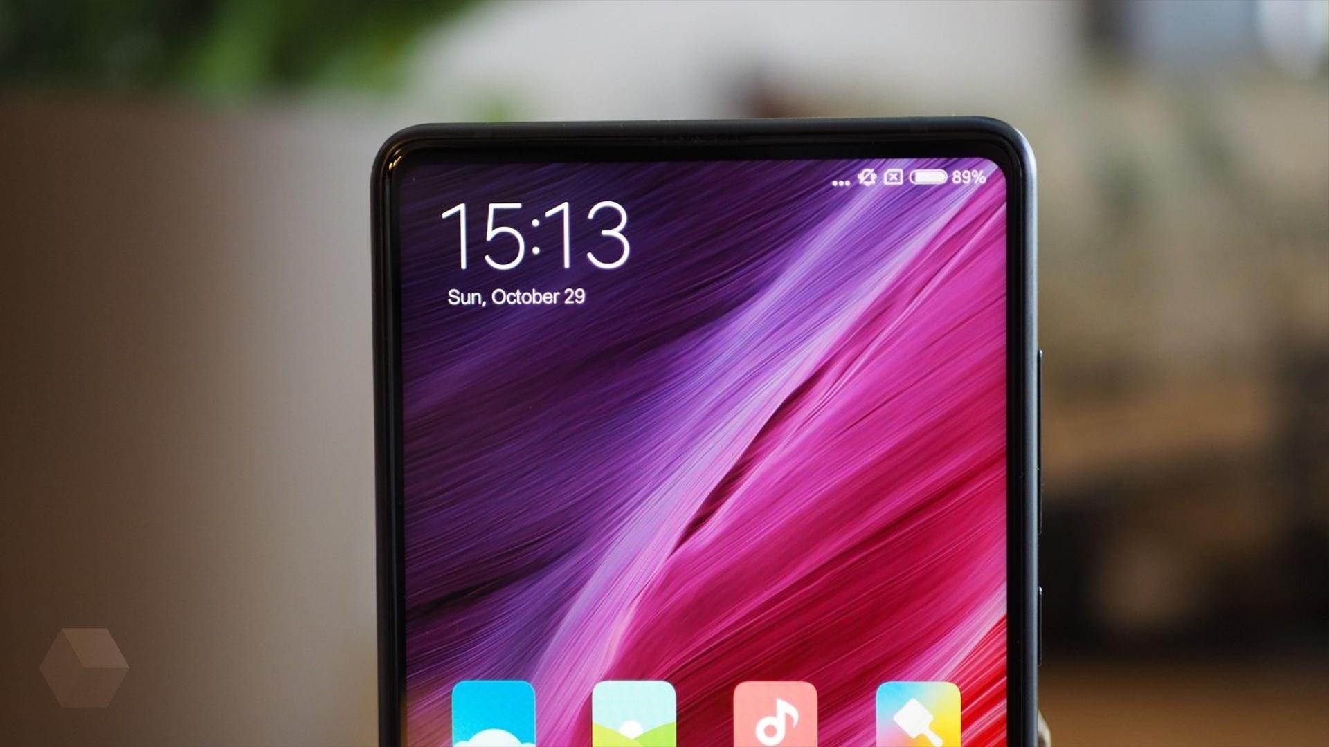 Слух: фронтальная камера Xiaomi Mi Mix 3 будет выезжать из корпуса