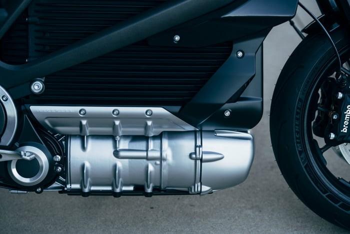 Harley-Davidson представила электрический мотоцикл LiveWire12