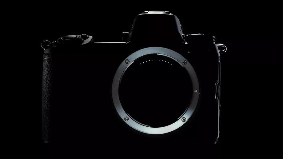 Nikon готовит две полнокадровых беззеркальных камеры